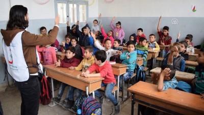 Suriye'de çocuklara aşı kampanyası - İDLİB