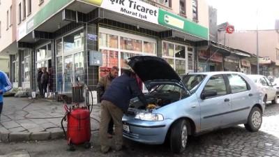 Yaklaşan kış mevsimiyle beraber araçlara kışlık bakım yapılmaya başlandı
