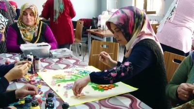 Çocuklar eğitim görüyor, anneleri meslek öğreniyor - SAKARYA
