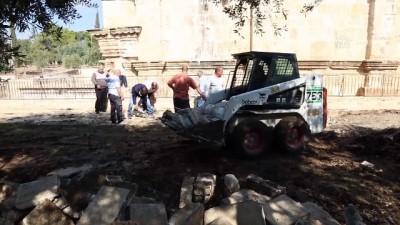 onarim calismasi - Mescid-i Aksa'da onarım çalışması - KUDÜS