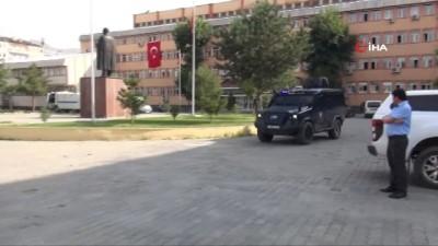 Muş'ta FETÖ operasyonu: 7 gözaltı