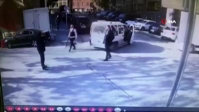 Otoparkta park ücreti isteyen görevliye tüfek doğrulttu... O anlar kamerada