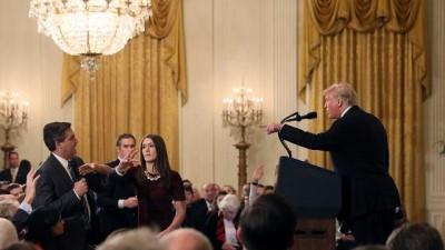 Beyaz Saray, Trump'a sert sorularıyla bilinen gazeteciye 'çalışana dokundu' diyerek yasak koydu