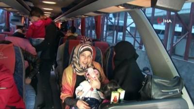Çocuk sevgisi ağır bastı Suriye'ye geri döndü