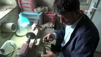 Köylülerin yıllardır kömür diye yaktığı kehribar'a Çinliler talip oldu