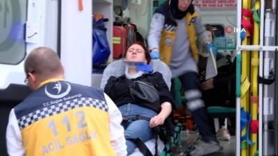 - Yolcu minibüsü ile otomobil çarpıştı: 8 yaralı