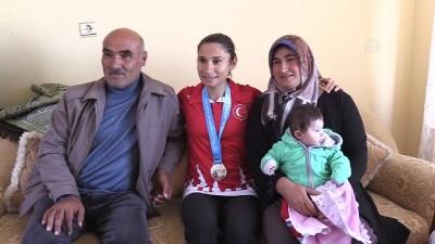Aklı ailesinde, gözü olimpiyatlarda - KIRIKKALE