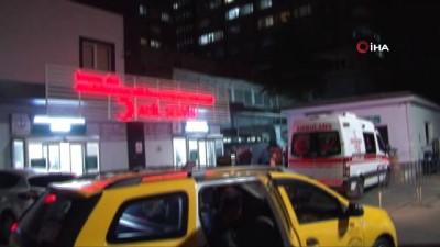 Ambulansın yerine park eden kişiyi uyaran ambulans şoförü bıçaklandı
