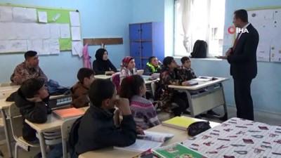 Avcılar Midyat'ta okul onardı, öğrencilere yardım elini uzattı