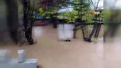 Kızıltepe'de sel...Dereler taştı, ekili araziler sular altında kaldı