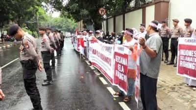 Endonezya'da Myanmar karşıtı protesto - CAKARTA