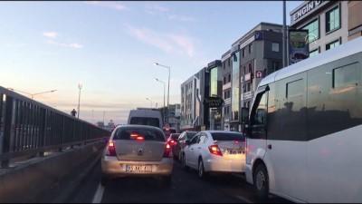 İZBAN'daki grev trafik yoğunluğunu artırdı (1) - İZMİR
