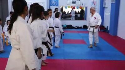 Karatenin siyah kuşaklı ailesi - OSMANİYE Haberi