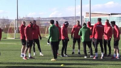 Kayserispor Teknik Direktörü Karaman: 'Daha yolun başındayız' - KAYSERİ