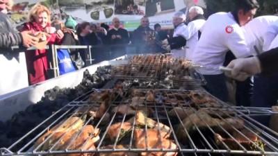 ormanli -  Muğla'da 'Çıntar' izdihamı...Vatandaşlar 150 kilo mantarı 1 saatte tüketti