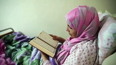 rejim karsiti - Suriyeli anne ve kızı ülkelerindeki cezaevi günlerini unutamıyor - HATAY