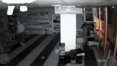 hirsiz - Batman'da hırsızlık güvenlik kamerasına yansıdı