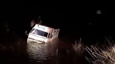 Gölette mahsur kalanlar kurtarıldı - MARDİN
