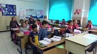 Küçük kız sınıfta bir anda yere yığılarak yaşamını kaybetti