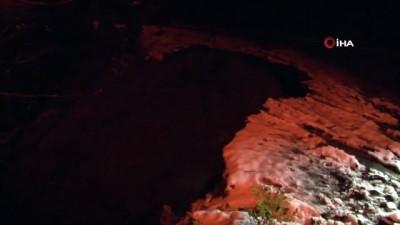 Zonguldak'ta heyelan nedeniyle yolun bir kısmı çöktü
