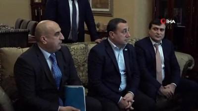- Çavuşoğlu, Dünya Ahıska Türkleri Birliği Temsilcilerini Kabul Etti