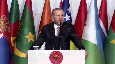 Cumhurbaşkanı Erdoğan: Maalesef bugün dünyanın pek çok yerinde özellikle de bölgemizde vicdanları kanatan zulümler yaşanıyor - İSTANBUL İzle