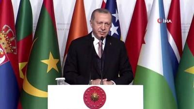 Cumhurbaşkanı Recep Tayyip Erdoğan ABD'nin Münbiç tutumunu eleştirdi: 'Temizlemediğiniz takdirde Münbiç'e de gireceğiz'