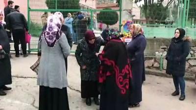 Panelvanın çarptığı ilkokul öğrencisi yaralandı - KOCAELİ Haberi