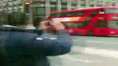 """- """"Sarı Yelekliler"""" Eylemi İngiltere'ye Sıçradı"""