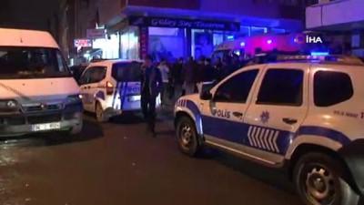 kiraathane -  Gaziosmanpaşa'da kapkaççılar önce çaldı, sonra kaza yaptı...O anlar kamerada