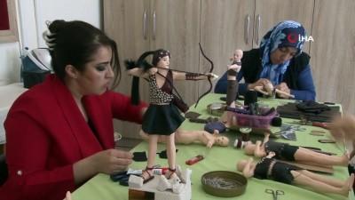 Türk kültürünü yansıtan el yapımı bebekler yurt dışına satılıyor Haberi