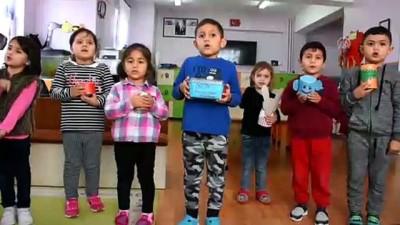 Minik öğrencilerin kumbaraları Mehmetçik için doluyor - KIRŞEHİR
