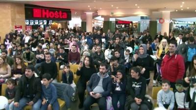 - Deliler kervanı Forum Diyarbakır AVM'den geçti