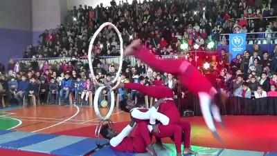 Sirk gösterisine yoğun ilgi - MUŞ