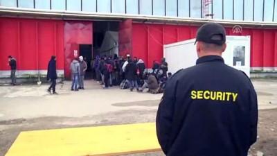 Türk Kızılayından Bosna Hersek'teki sığınmacılara çadır yardımı - BİHAC