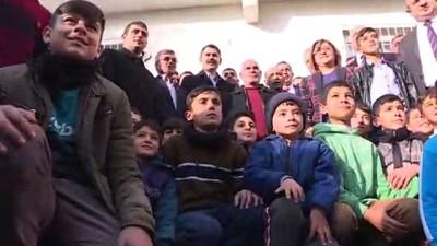 Bakan Kurum, Kuzey Şehir Projesi'nin tamamlanan konutlarında incelemelerde bulundu - GAZİANTEP