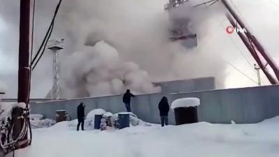 - Rusya'daki Maden Yangını Söndürülemiyor - Madende Bulunan 9 İşçiye Henüz Ulaşılamadı