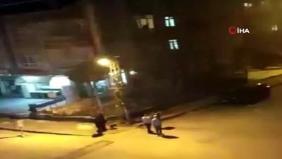 Başkent'te şizofreni hastası şahıs mahalleyi ayağa kaldırdı