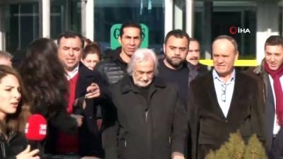 Müjdat Gezen: 'Hakareti yapan Cumhurbaşkanı, hakaretten yargılanan Müjdat Gezen' - Adli kontrol şartıyla serbest bırakılan Müjdat Gezen, avukatı Celal Ülgen ile birlikte açıklamalarda bulundu