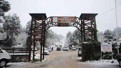 Kar yağışı etkili oluyor - DÜZCE