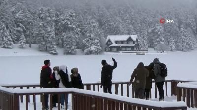 cesar -  Doğa harikası Gölcük Gölü buz tuttu