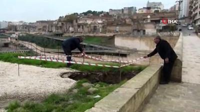Fransızların çekilirken üzerinde antlaşma imzaladığı köprüde göçük meydana geldi