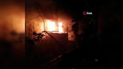 Belediye başkanının evi alev alev yandı