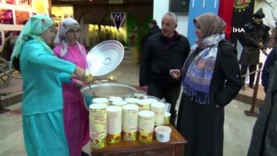 Bilecik'e gelen 35 belediye başkanına tarhana çorbası ikram edildi