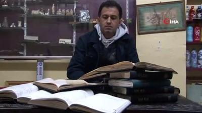 İran büyükelçisinin şoförünün 30 yıl tuttuğu notlar ortaya çıktı
