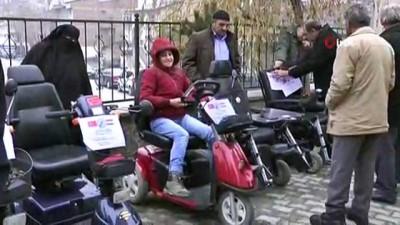 Hollanda'daki Türkler'den engellilere yardım eli