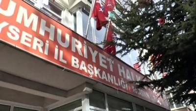 elektronik esya -  Kayseri'de CHP ilçe binasına saldırı oldu