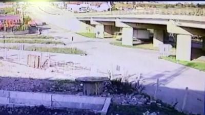 Otomobil ile kamyon çarpıştı: 2 yaralı - SİNOP