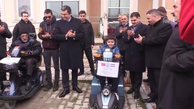 Yurt dışından gönderilen engelli araçlar sahiplerine teslim edildi - ERZURUM