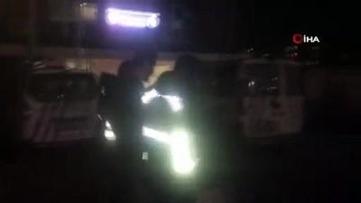 """- E-5 Karayolu'nda hafriyat kamyonuyla """"drift"""" yapan maganda yakalandı - 5 bin 10 lira ceza kesilen magandanın ehliyetine 2 ay süreyle el konuldu - Kamyon ise 2 ay süreyle trafikten men edildi"""